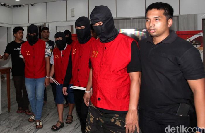 Jadi Tersangka Kasus Judi Online 5 Pemuda Asal Cirebon Diamankan Polisi